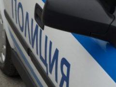 В Кисловодске пьяный мужчина повредил два полицейских автомобиля