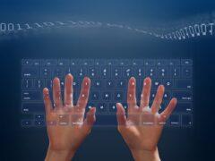 Ученые: компьютеры научаться общаться с людьми