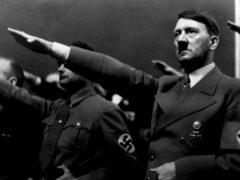 Тайский университет приносит извинения за картину Гитлера