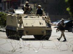 Египет: вооруженные силы готовятся к протестам