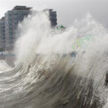 Приморский и Хабаровский края предупредили о мощном тайфуне