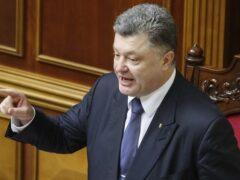 Порошенко пригрозил усилить санкции против России