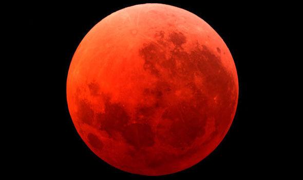 Blood-Moon-584602