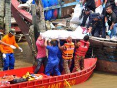 Лодка с мигрантами потерпела крушение в Малаккском проливе
