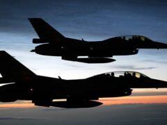 ВВС Франции впервые нанесли авиаудары по позициям ИГ в Сирии