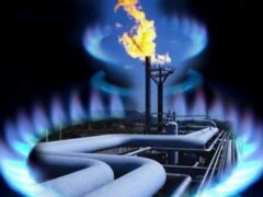 «Газпром» возобновляет поставки газа на Украину
