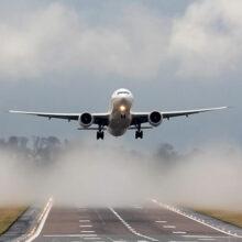 В аэропорту Хабаровска столкнулись два самолета