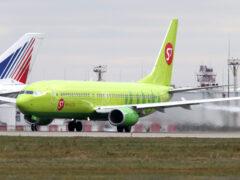 В Екатеринбурге экстренно сел самолет из-за приступа у пассажира