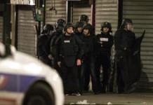 полиция Париж