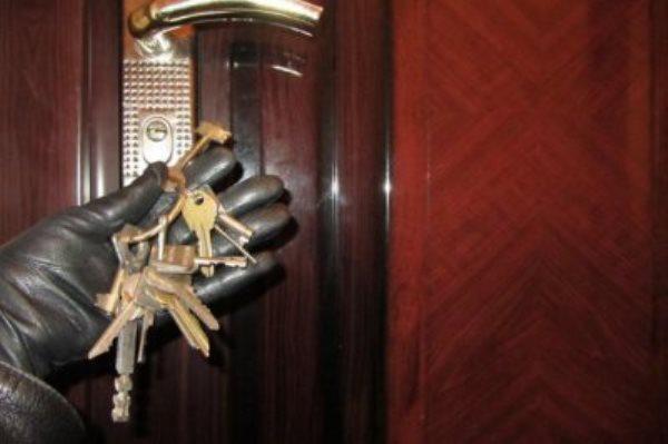 вор ключи квартиры