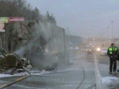 В ДТП на Киевском шоссе Москвы погиб водитель грузовика