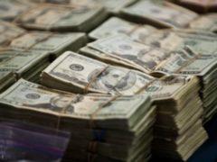 Старший кассир банка вынесла по частям из хранилища 1,2 млн рублей