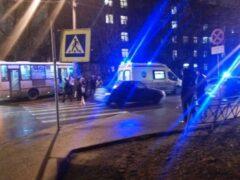 В Невском районе Петербурга маршрутка сбила пешехода