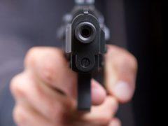 В Волгограде пьяный подросток стрелял по машинам