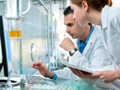 Ученые исследуют новый препарат по облегчению симпотомов болезни Паркинсона