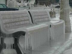 Ледяной дождь превратил Северную Болгарию в большой каток