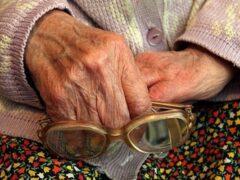 В Иванове у пенсионерки из сейфа похитили 60 тысяч рублей