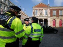 Полицейские задержали в Ливерпуле мужчину с подозрительным свертком