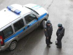 Подъезд дома в центре Москвы эвакуировали из-за подозрительной бутылки