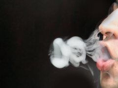 Ученые: пассивное курение опасно для здоровья