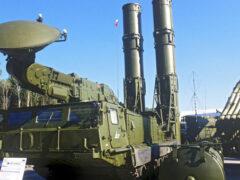 На вооружение ВС РФ в 2020 году поступит новый ЗРК С-500