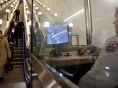 В Москве дежурная по станции метро «Шаболовская» подралась с пассажиркой