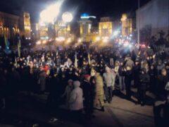 На Майдане произошла стычка между радикалами и бойцами Нацгвардии