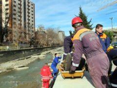 В Сочи спасатели вытащили из реки пьяного мужчину с сотрясением мозга