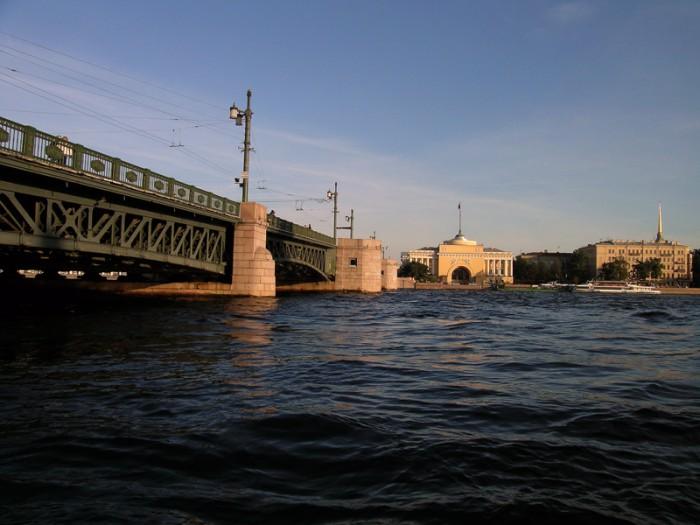 Нева мост