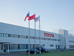 Завод Toyota в Петербурге начнет производство кроссовера RAV4 летом
