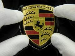 Porsche тестирует неизвестный прототип 992, «заточенный» под трек
