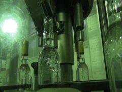 Минфин предложил приравнять нелегальный алкоголь к фальшивым деньгам