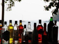 В Петербурге безработный незаконно продал спирта на 34 миллиона рублей