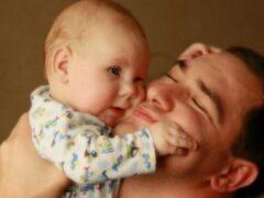 В Бузулуке ребенок выпал из рук отца и получил серьезную травму