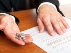 Сиделку подозревают в мошенничестве с квартирой пожилой петербурженки
