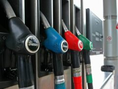 Мужчина и подросток похитили с АЗС в Канске более 1,5 тонн дизельного топлива