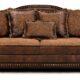 В Саратове гость украл у хозяина квартиры диван