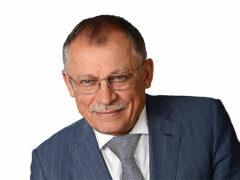 Александр Ахполов решил обогатиться накануне пенсии, продавая золото туркам