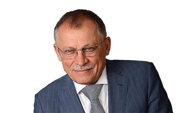 Александр Ахполов