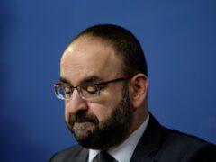 В Швеции министр ушел в отставку после обеда с экстремистом