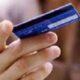В Ярославле продавец обманула пенсионерку и сняла с ее карты 10 тысяч