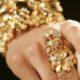 У жительницы Самары в подъезде украли золото на 150 тысяч рублей