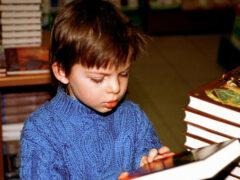 Дети, читающие книги, зарабатывают больше во взрослой жизни