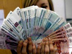 В Вольске женщины вынесли из квартиры полмиллиона рублей