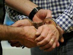 В Тульской области продавщица закрыла пенсионера-разбойника в магазине