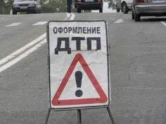 В ДТП под Севастополем автобус раздавил легковой Opel
