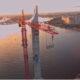 Бейсджамперы спрыгнули с самого высокого крана в Петербурге