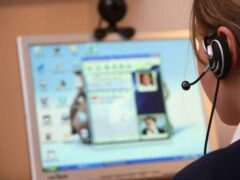 Жители России стали в 5 раз чаще нанимать репетиторов онлайн