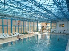 Купание в бассейне может быть опасным для здоровья