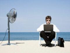 Ученые советуют реже приходить на работу в офис
